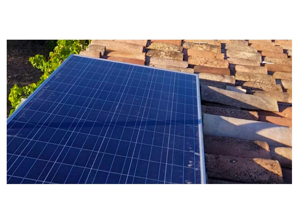 foto de placa energia renovable